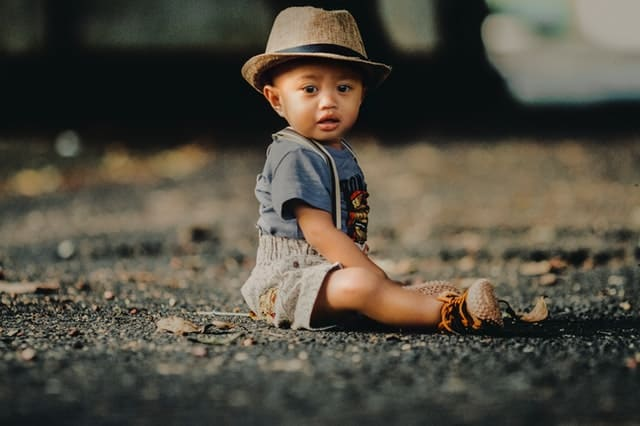toddler boy in fedora